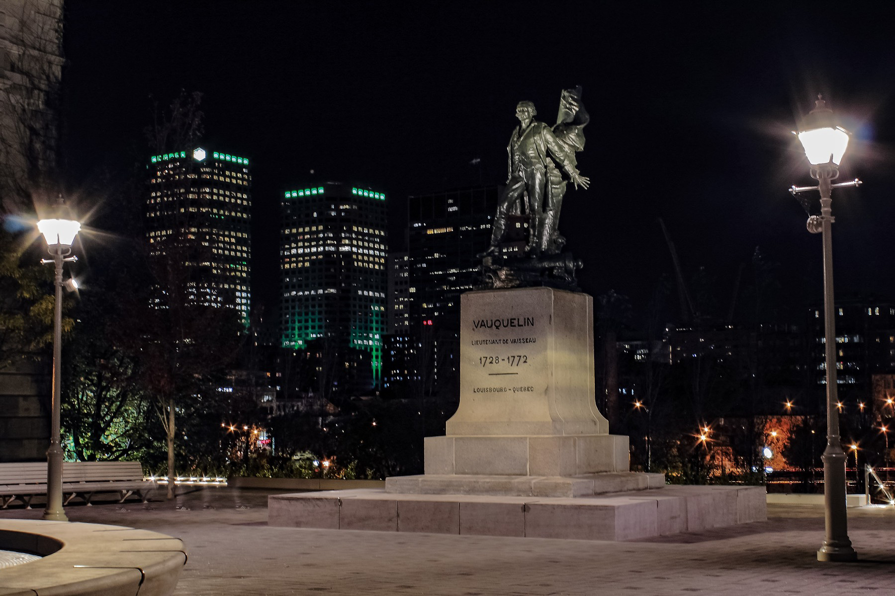 Square of vauquelin in montreal national urban design awards 2018