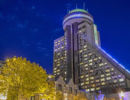 Illumination of the Concorde Hotel and the Restaurant Ciel!, Quebec-City